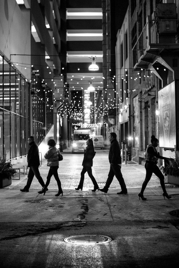 silhouettes night street photography