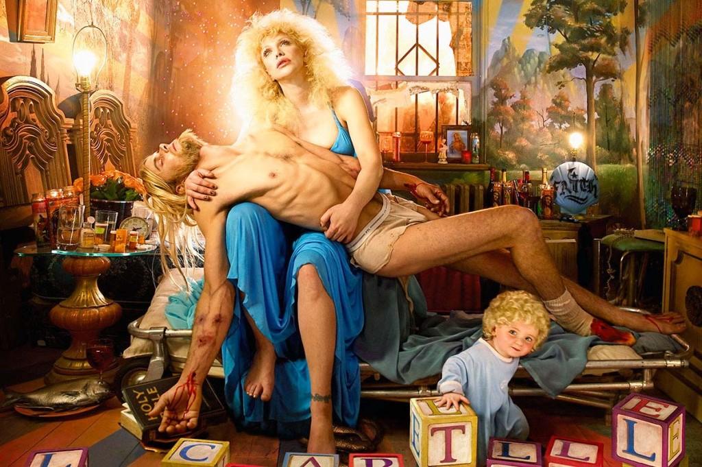 David-LaChapelle-Courtney-Love-Pieta-2006-Chromogenic-Print